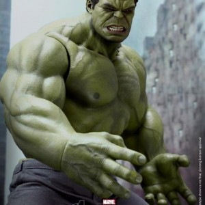 Hot Toys Incredible Hulk The Avengers Figure