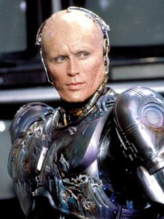 RoboCop (Peter Weller) sans helmet